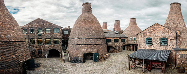 Stoke-on-Trent bottle kilns Gladstone Pottery
