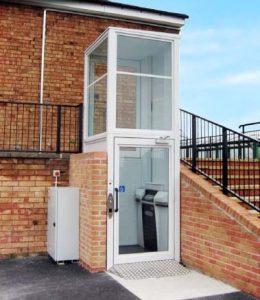 External Platform Lift for wheelchair users